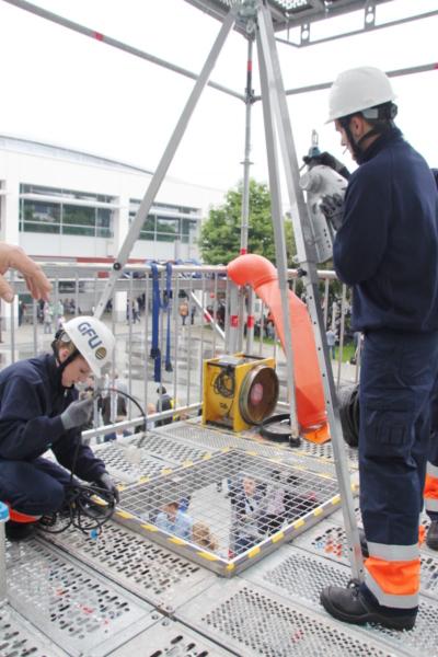 Station 1: Arbeitssicherheit und Gesundheitsschutz – Vorbereitungen zum Schachteinstieg - DWA - Mitglied WorldSkills Germany