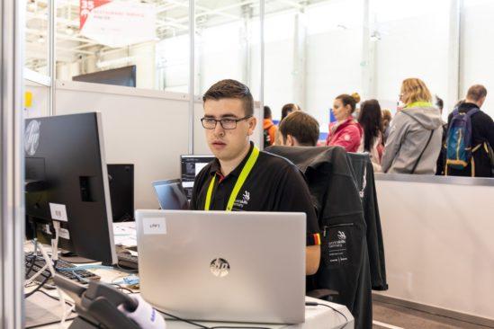 Steffen Weißmann nahm als IT-Netzwerker an der EM der Berufe in Budapest sowie der WM der Berufe im russischen Kasan teil.